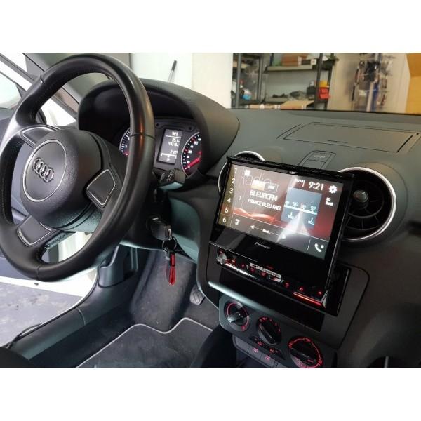 Cache autoradio Audi A1